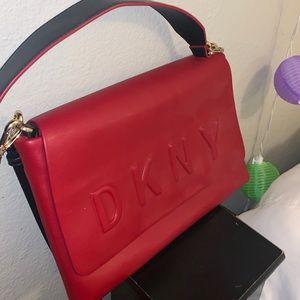 DKNY CROSSBODY❤️